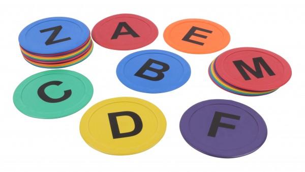 Marcadores de suelo redondos con las letras de A a Z